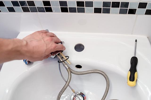 Kompleksowe instalacje wodno kanalizacyjne Warszawa - niecieknie.com